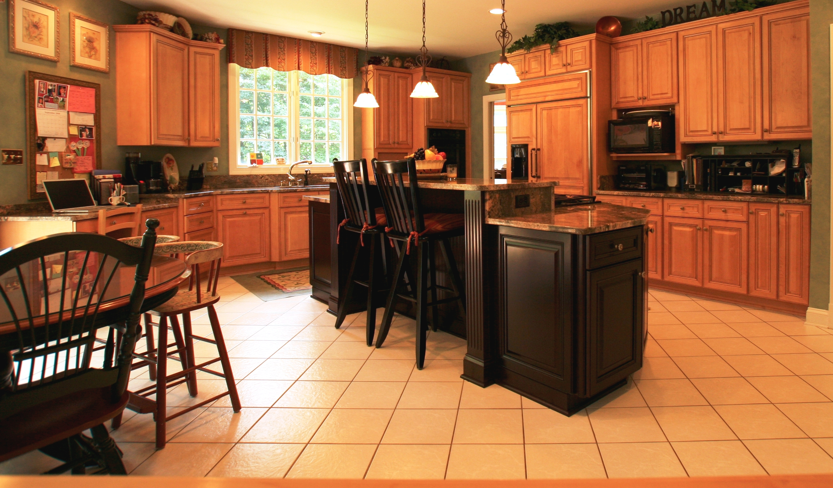 House of custom cabinets serving lake almanor and for Black kitchen cabinet design ideas